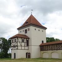 замок Кишек и Радзивиллов  - угловая башня