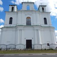 Церковь Св.Александра Невского. Здание построено в 1746г. как храм рыцарей Мальтийского ордена. В 1863 г. перестроено в православную церковь.
