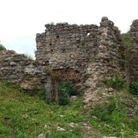 Остатки угловой замковой башни