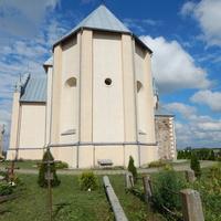 Костел Св. Апостолов Петра и Павла (вид на тыльную сторону).
