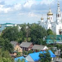 Вид с верха Каменецкой вежы на Свято-Симеоновскую церковь.