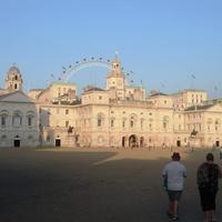 Королевские конюшни в Лондоне