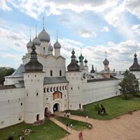 Ворота ростовского кремля.