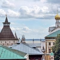 Ростов Великий с колокольни, на заднем плане - озеро Неро.
