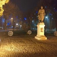 Пам'ятник козацькому атаману Івану Сірку.