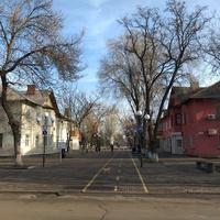 Пішохідна вулиця Центральна.