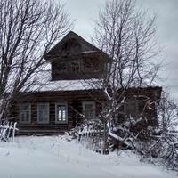 заброшенный дом в д. Маслиха