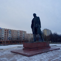 Памятник В.И. Ленину,другой ракурс
