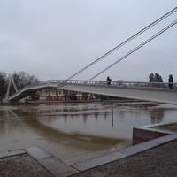 Пешеходный мост через реку Порвоонйоки