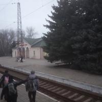 Железнодорожная станция Славянский Курорт.