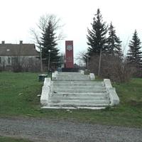 Елизавето-Николаевка. Памятник погибшим односельчанам в ВОВ
