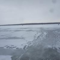Старооскольское море. До его создания на том берегу была деревня Правороть.