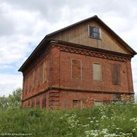 Церковный дом около церкви Благовещения Пресвятой Богородицы