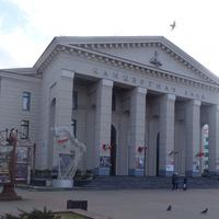 Проспект Независимости, 50. Белорусская государственная филармония.
