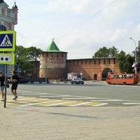 Пл. Минина и Пожарского - Вид на Кладовую башню Кремля