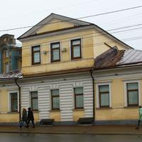 Улица Большая Московская, 1