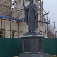 Улица Большая Московская. Памятник князю Владимиру.