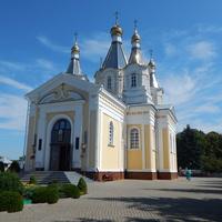 Свято-Александро-Невский кафедральный собор (вид со стороны главного входа)