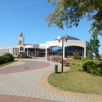 Здание аквапарка (на территории парка имени А.В.Суворова)