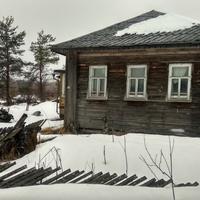 дом в п. Волонга