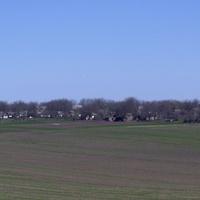 Общий вид на небольшое село Сокирное.