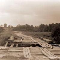 Старый мост через р. Нергель около Волкова, 1990 г.