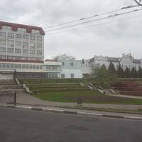 Площадь перед мостом через реку Псёл.