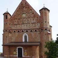 церковь Св_Михаила Архангела  (нач.16 в)  - древнейший в Беларуси храм оборонного типа