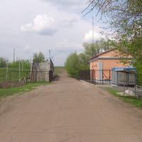 Дорога по плотине Тясминской ГЭС села Большая Яблоновка.