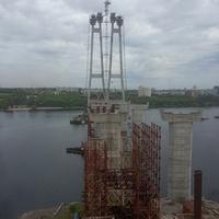 Строительство моста через реку Днепр.
