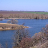 Михайловcкий нижний ставок,апрельская засуха,мало воды.
