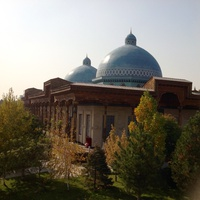 "Ротонда. мемориальный комплекс ""Шахидлар хотираси"""