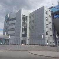 Славутич Арена на улице Валерия Лобановского.