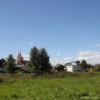 Вид на Пушкарскую улицу. На дальнем плане Борисоглебская церковь