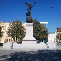 Памятник Независимости Украины.