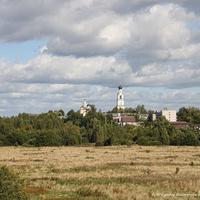 Вид на  Свято-Благовещенский Киржачский женский монастырь и пойму р. Киржач.