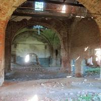 Внутри старой Казанской церкви в Старых Зятцах.