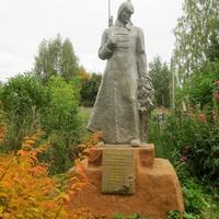 Памятник гражданской войны возле ДК.