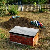 Братская могила неизвестных лётчиков. (перезахоронение мая 2020 года)