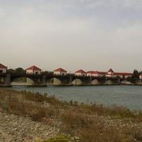 Невинномысское водохранилище на реке Кубань.