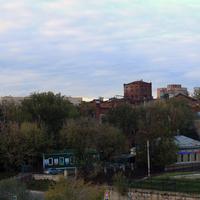Разрушенные корпуса, цеха фабрики Серпуховской Текстиль