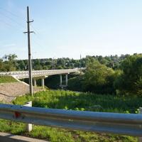 Мост через реку Осётр