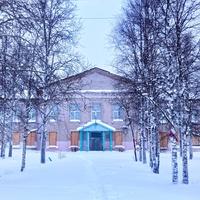 здание детского дома в д. Нижняя Омра
