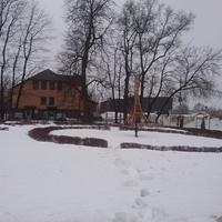 Историко-художественный музей. Двор с макетом Эйфелевой башни