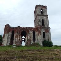 Вид на Троицкую церковь с северной стороны