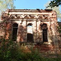 Остатки церкви Св.Ильи (вид боковой стороны)