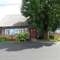 Дом, в котором жил Чеслав Немен (теперь это сельский клуб-музей)