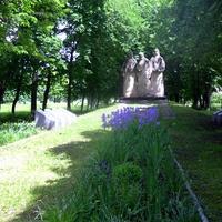 Общий вид мемориала воинам села не вернувшихся с войны.Погибло 203 воина.