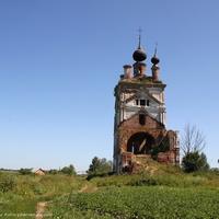 Церковь Троицы Живоначальной в с. Весь