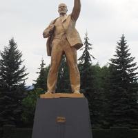Памятник Ленину на  бывшей  Торговой площади